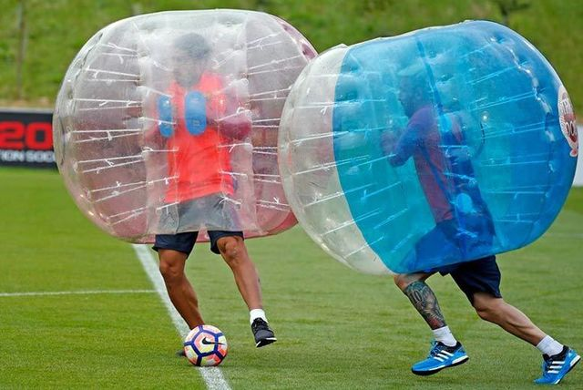 Extreme Sports: Zorb Football